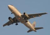 1704 27th November 06 Qatar Airways A320.JPG