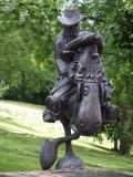 Statue West End Glasgow.JPG