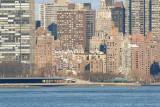 Nikkor 70-300mm f/4.5-5.6G IF-ED AF-S VR Zoom at 300 mm - NYC East Side