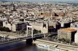 Az Erzsébet híd és Pest - The Elizabeth Bridge and Pest 01.jpg