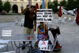 Luis's photo of Alfredo & me with my completed sign