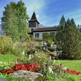 Church and flowers, Les Diablerets