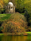 Tree and folly, Stourhead