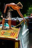Washing the boat, Bradord on Avon