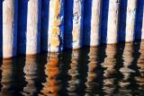 Reflets dans le port de Montréal.