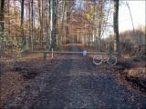 Ceci est une route-vélo (pour les connaisseurs il s'agit de la LF6). Afin d'en préserver la tranquilité... (suite)