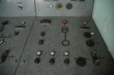 Turbinhallens kontrollrum - kontrollpanel för generator G7 och transformator T7