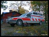 P1220365 Två uppallade fordon.jpg