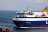 Blue Star ferry arriving in Syros.jpg