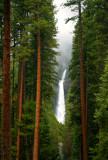 Yosemite_Lower_Falls_0.jpg