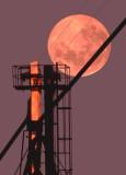 Moon, Elevator
