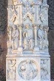 Socle de la Statue du Beau Dieu