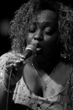 Sharrie Williams & the Wiseguys 6517.JPG
