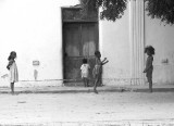 Mozambique -- playing jump rope BW