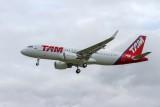A320-214s_5621_FWWBB_TAM