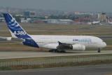 A380-841_002_FWXXL_01.jpg