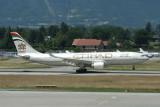 Etihad   Airbus A330-200  A6-EYB