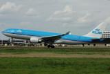 KLM  Airbus A330-200  PH-AOC