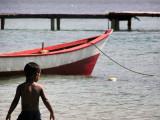A kid in the island / Un chico en la isla