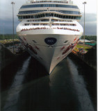 shipincanal10.jpg