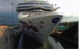 shipincanal18.jpg