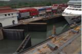 shipincanal20.jpg