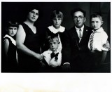 The Sperling Family: my grandparents with Alisa, Ben-ami, Aviva, and Joseph. Taken in Jerusalem around 1930.