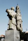 D. António e Torre dos Clérigos