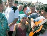 la petite chanteuse:  Sainte Marie Mère des Gitans