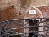 venezia-bridge.jpg