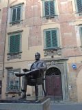 In Lucca, native son Puccini rules the square