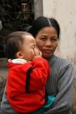 Grand-mère et petit fils - Le Mat - Vietnam