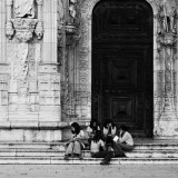 girlscouts at Mosteiro dos Jeronimos
