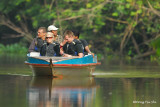 Kinabatangan - Tourist boat in Sukau