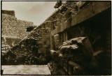 Entrance to Pyranid of Quetzalcoatl.jpg