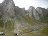 Blik vanuit Sajathütte op Rote Saile en Sajat Scharte