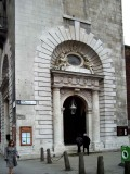 17-entrance.jpg