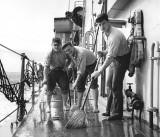 Field Day abord the USS Hugh Purvis, DD 709, 1962