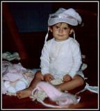 Gillian - Do you Like my Hat?.JPG