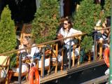 On floating restaurant 1
