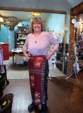How to wear a sarong.  We purchase aid station wear & get a lesson at a store in Roslyn