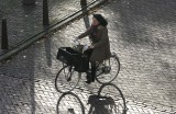 Bicycle with optional add-on shadow