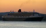 Queen Mary  2 ( Pavillon Grande Bretagne, longueur 345.03 m., passagers 3,090 équipage  1,254