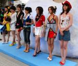 A sudden street fashion show