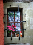 There are also window dwarfs, not only garden ones...