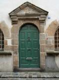 Knock, knock, knockin' on the greenish doors...