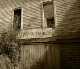 the fix-it shop, millfield, ohio, 9/07
