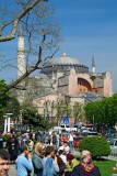 Turkey - Istanbul - Mosque - Sunday crowds.jpg