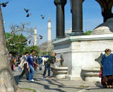 Turkey - Istanbul - Hippodrome - Crowd, Pigeons & Water