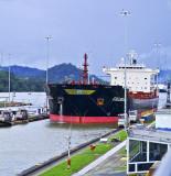 Miraflores Locks - Ship Transit